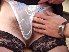 Behaarte Reife Frau - 10